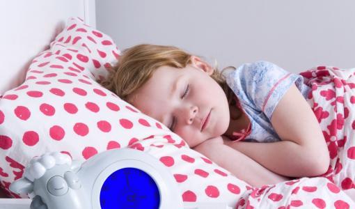 SAM Sleep trainer by ZAZU helps many children and parents sleep better!